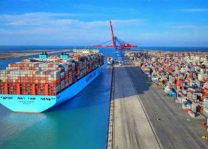 ميناء السويس بالعين السخنة